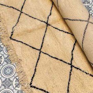 Moroccan Beni Ouarain Berber Rug Faiza