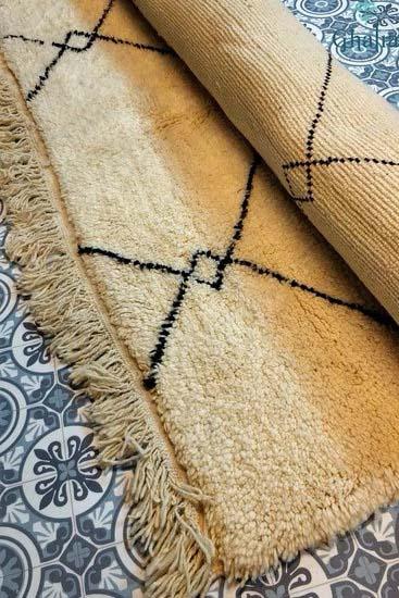 buy Handmade Moroccan Berber Rug   Ouarain Berber Rug Razi